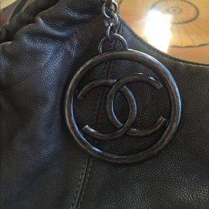 CHANEL Bags - Chanel Cabas Petit Shopping Tote Authentic